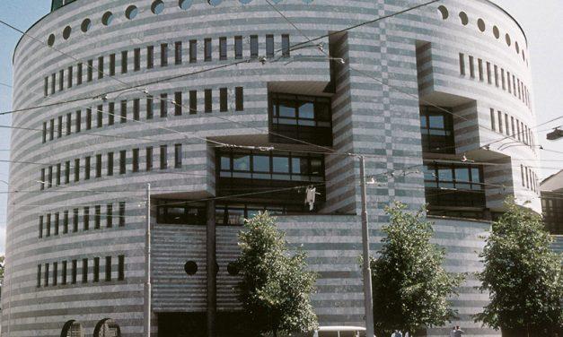 Euroalue ja finanssiregulaatio Lehmanin jälkeen