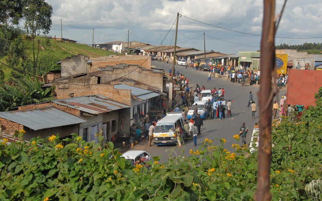 Eristäytyvä Burundi pelaa omilla säännöillään
