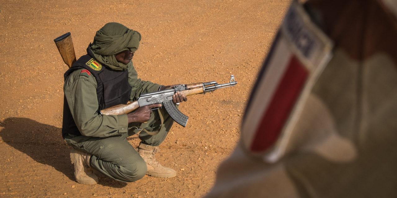 Rauhaa ja rynnäkkökiväärejä – ottaako Euroopan rauhanrahasto kovat aseet käyttöön EU:n ulko- ja turvallisuuspolitiikassa?
