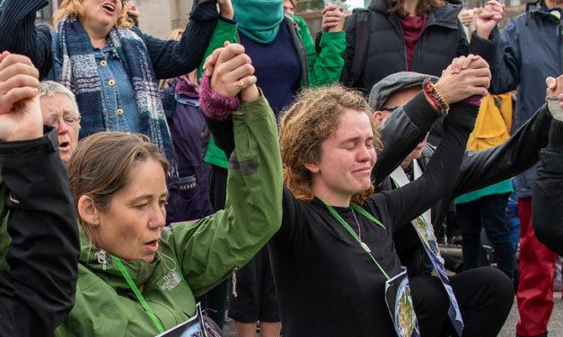 Kapina tai sukupuutto – Elokapina-nimellä Suomeen rantautunut Extinction Rebellion vaatii välitöntä ratkaisua ilmastokriisiin