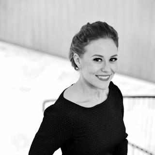 Petra Kuivala – kirjoittaja