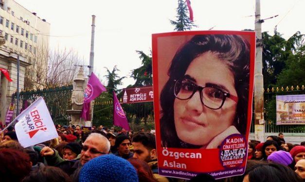 Turkin ja Egyptin feministiliikkeet kukkivat sosiaalisen median alustoilla ja kaduilla huolimatta yhteiskunnan rajoitteista