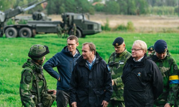 Suomi ja Ruotsi sorvaavat viimein isäntämaasopimusta puolustusyhteistyönsä sujuvoittamiseksi, mutta konkreettisista velvoitteista ei ole vielä puhettakaan
