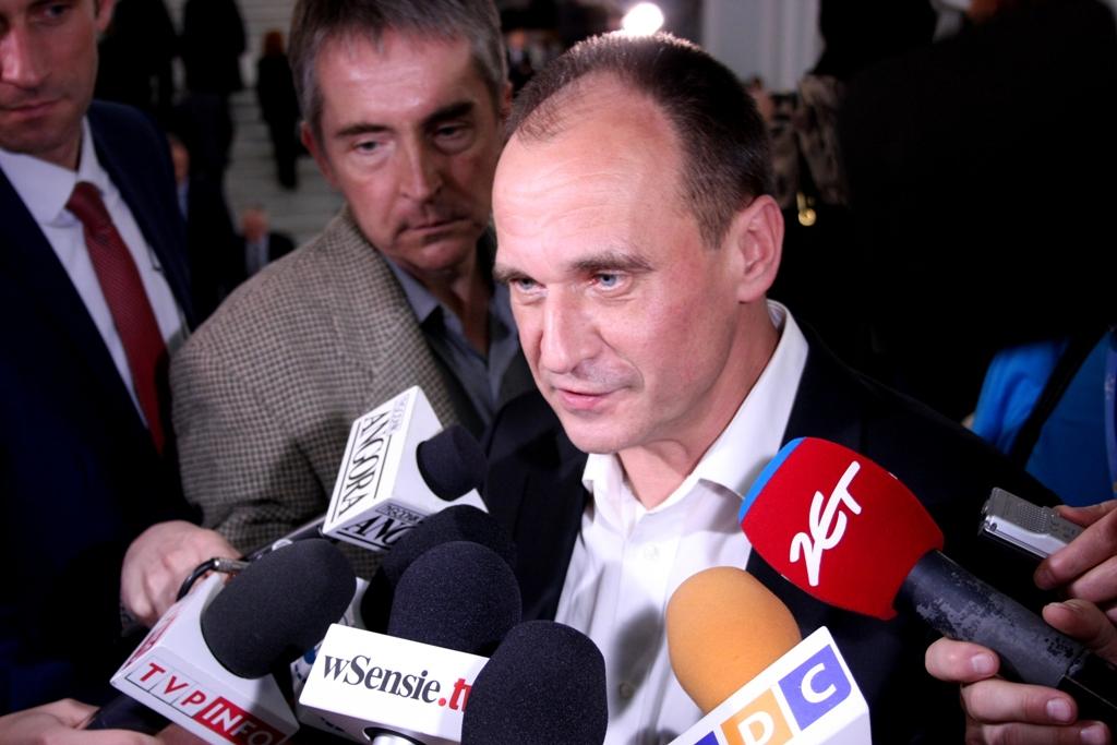 Paweł Kukiz, Kukiz'15 -liikkeen perustaja antamassa haastattelua