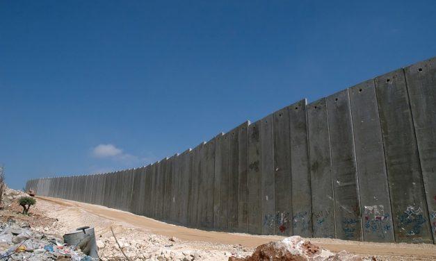 Israel tiukentaa miehitysotteitaan pandemian varjossa — Palestiinalaisalueilla kotien tuhoaminen jatkuu entistä tiuhempaan tahtiin
