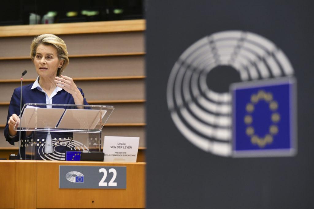 Ursula von der Leyen parlamentissa