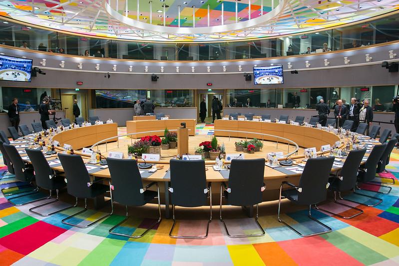 EU parlamentin pyöreä pöytä.