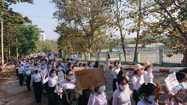 Myanmarilaisten unelma demokratiasta särkyi jälleen