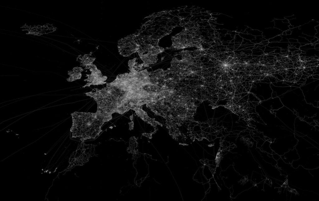 Valot Euroopan yössä avaruudesta nähtynä